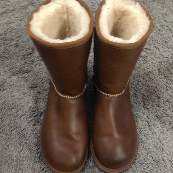 UGG Shoes - Warm boots